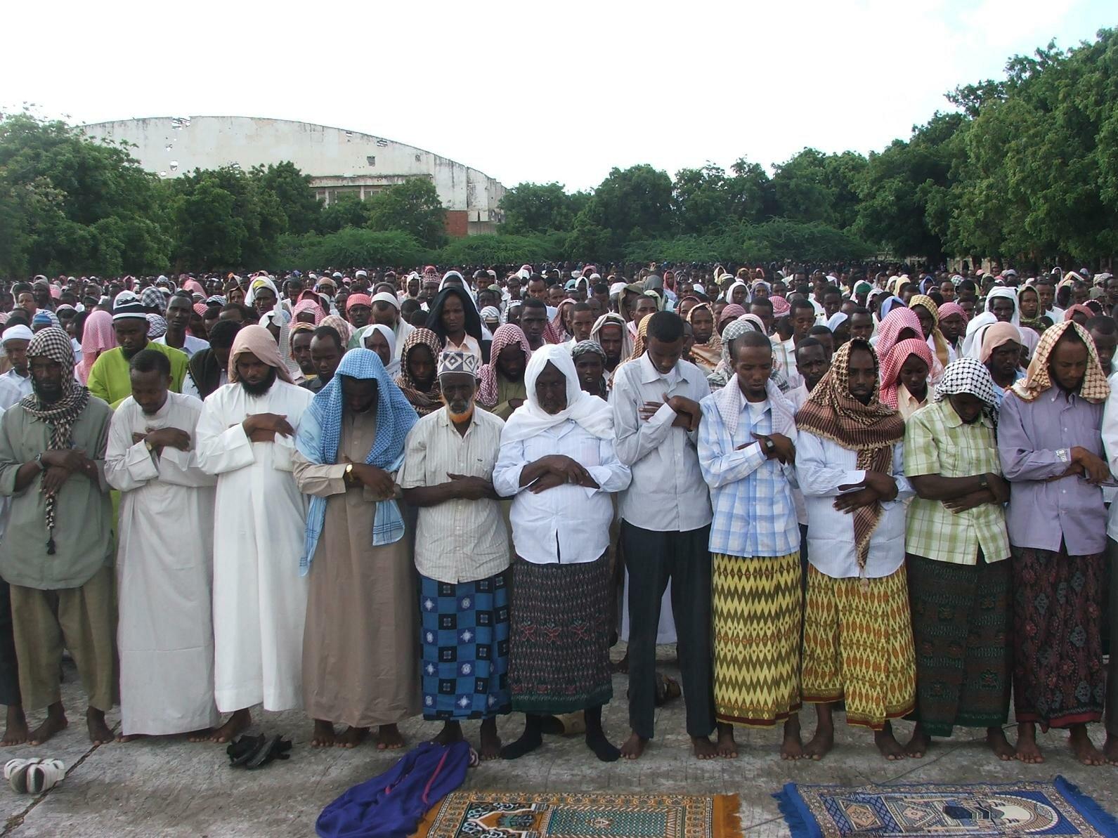 Sida looga ciidday magaalooyinka waaweyn ee Somaliland iyo nuxurka khudbadihii madaxda sare ee qaran