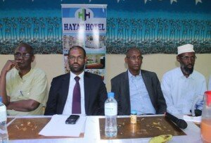 Supporters of PM Abdiweli defend the independence of the cabinet and call stop of intervention
